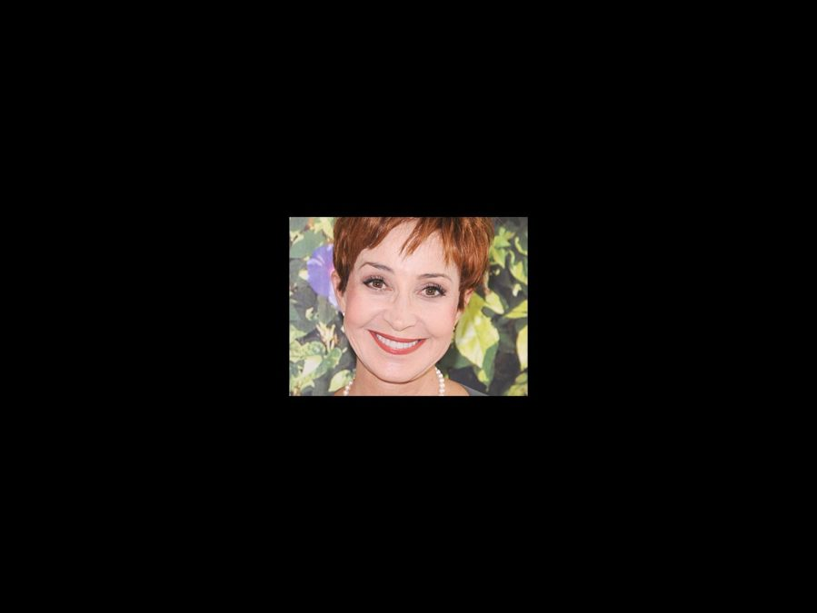 Annie Potts - square - 12/13