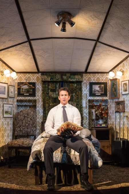 PS - Groundhog Day at The Old Vic - Andy Karl (Phil Connors) - Photo by Manuel Harlan - 7/16